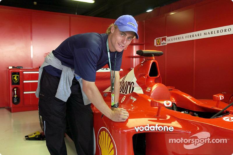 Australian tennis champion Lleyton Hewitt signing the Ferrari