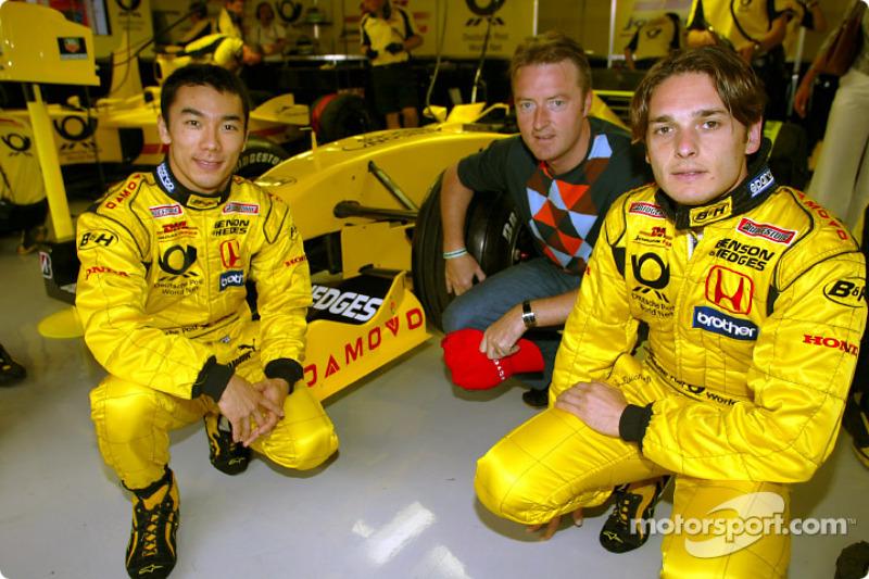 Takuma Sato and Giancarlo Fisichella with a Damovo representative