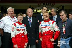 Ove Andersson, Allan McNish, King Juan Carlos, Mika Salo and Carlos Sainz