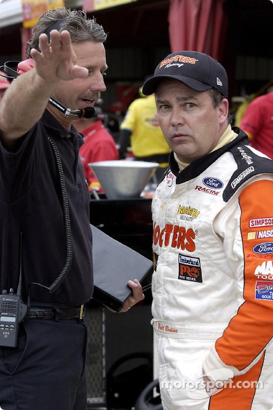 Brett Bodine confers with crew chief Doug Richert
