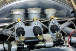 f1-2002-mon-bp-0129