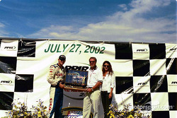 Race winner Hank Parker Jr.