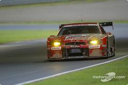 #23 Nissan Skyline GT-R, Masami Kageyama, Erik Comas