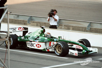 Eddie Irvine - Sunday warm-up
