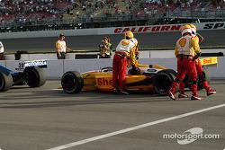 Race stopped: Jimmy Vasser