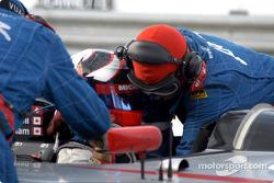 Scott Maxwell in the pits