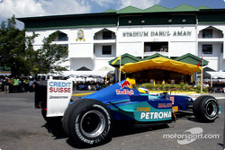 Pitstop demonstration by Nick Heidfeld in front of 20,000 spectators in Alor Setar