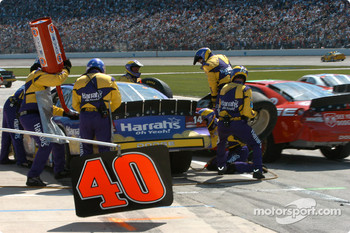 Pitstop for Larry Foyt