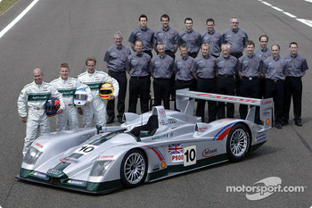 The team Audi Sport UK for the 2003 Le Mans 24 Hour race