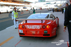 Ferrari 550 Maranello in the pits
