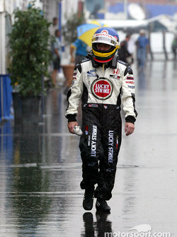 Jacques Villeneuve caught by the rain