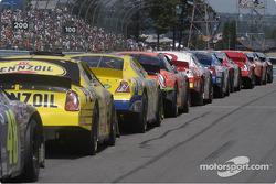 Pre race lineup