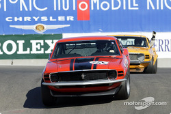 #57 1970 Boss 302 Mustang pushes hard but #15 has a problem
