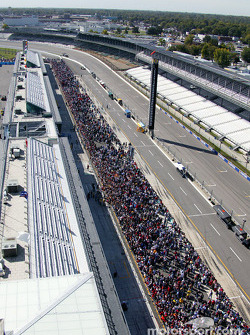 Aerial view of the fans at pitwalk