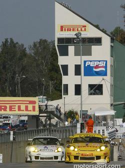 #60 P.K. Sport Porsche 911 GT3RS: Robin Liddell, Alex Caffi, David Warnock