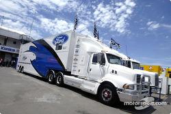 Ford FPR transporter