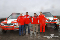 Nissan Dessoude test: Lu Ningjun, Denis Schurger, Christian Lavieille and Patrick Igoa