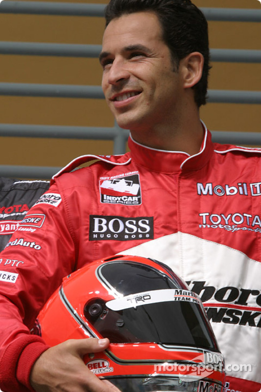 Photo shoot with IRL Toyota drivers: Helio Castroneves