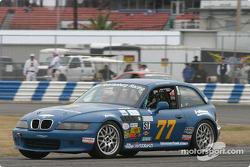 #77 TSR / Luzee Racing BMW Z3: Joey Sullivan, Joe Sullivan, Mark Hughes