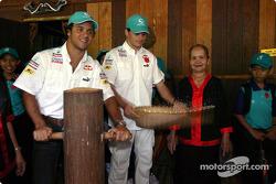 Sauber Petronas visit Sarawak Cultural Village: Felipe Massa and Giancarlo Fisichella