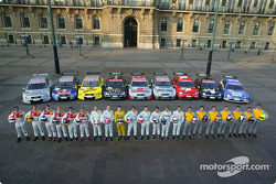 The DTM drivers with their cars