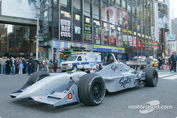 Ryan Hunter-Reay does another run on Times Square