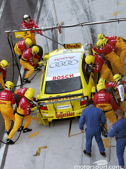 Pitstop for Tom Kristensen