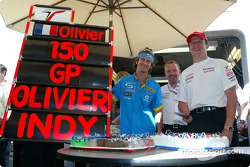 Olivier Panis celebrates 150th Grand Prix with Jarno Trulli and Mike Gascoyne