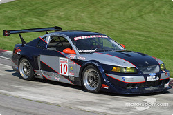 Carol Hollfelder (#10 Ford Mustang)