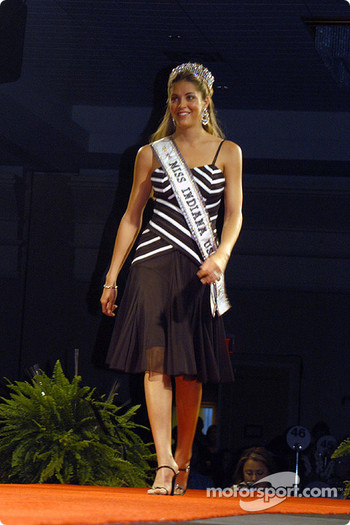 Miss Indiana USA Steffi Keusch
