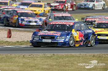 Start: Martin Tomczyk leads Tom Kristensen