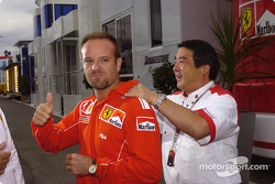 Rubens Barrichello happy with front row starting position