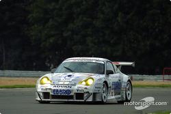 #77 Choro Q Racing Team: Kazuyuki Nishizawa, Haruki Kurosawa
