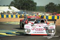 #8 Joest Racing TWR Porsche WSC 95: Didier Theys, Michele Alboreto, Pierluigi Martini