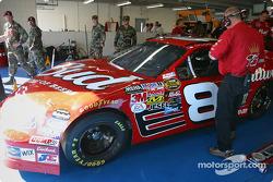 Dale Earnhardt Jr. prepares to go to practice