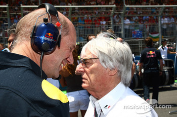 Adrian Newey and Bernie Ecclestone discussing the new bumper cars