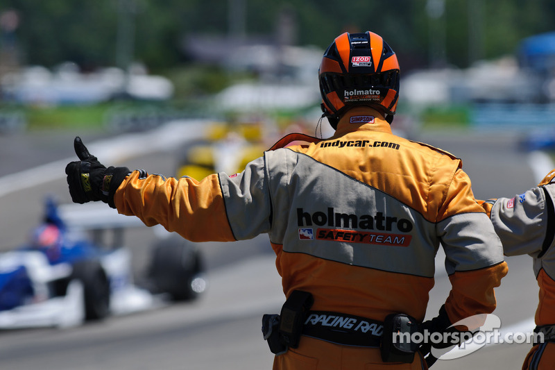 The Holmatro Safety Team salutes the Indy Lights field