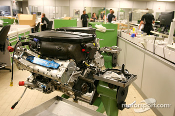 Cosworth engine, visit of the Cosworth factory in Northhampton
