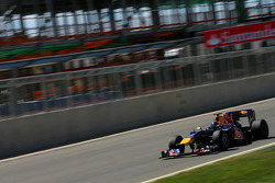 Sebastian Vettel, Red Bull Racing in front of the new pit building