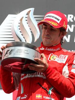 Race winner Fernando Alonso, Scuderia Ferrari