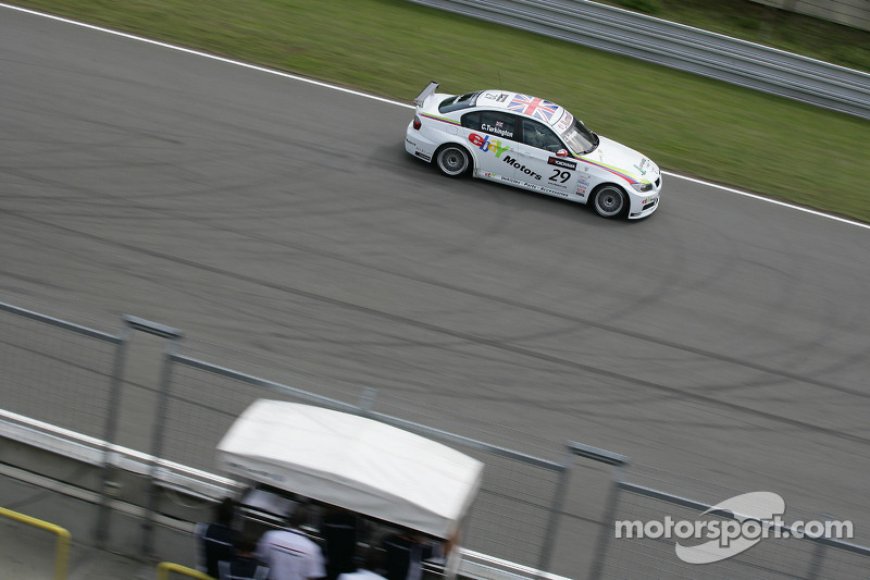 Colin Turkington Ebay Motors Bmw 320si Op Brno Wtcc Foto 39 S