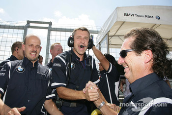 Bart Mampaey, Team Principal, BMW Team RBM celebrate the victory of Andy Priaulx BMW Team RBM BMW 320si