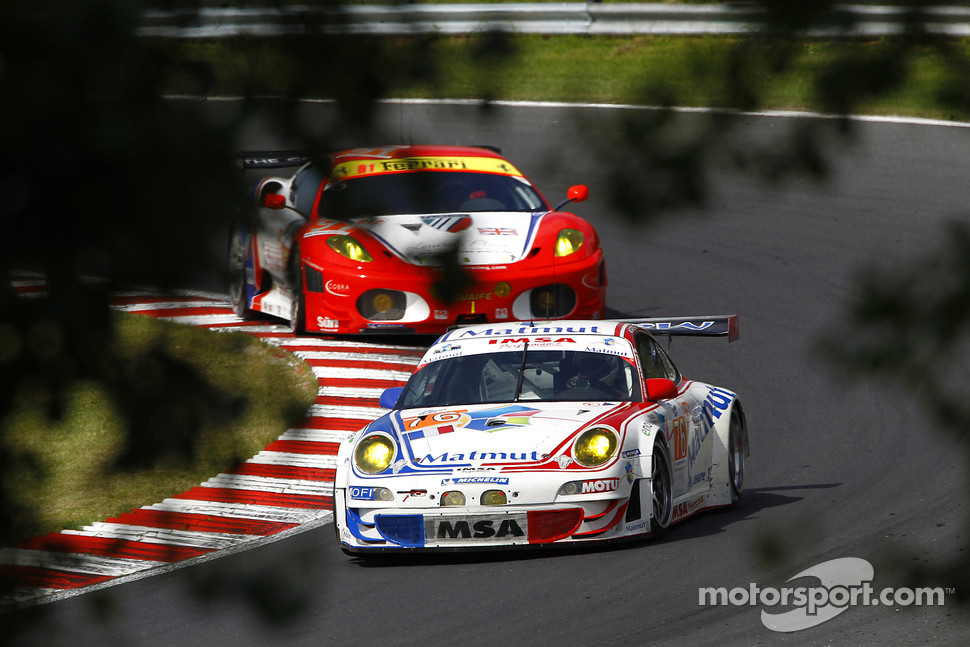 #76 IMSA Performance Matmut Porsche 997 GT3 RSR: Raymond Narac, Patrick Pilet