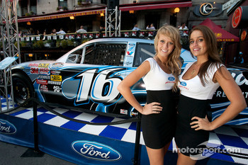 Two charming girls with the Roush Racing Ford