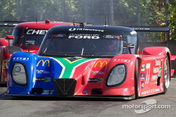 #77 Doran Racing Ford Dallara: Mark Patterson, Dion von Moltke loses control
