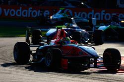 Rio Haryanto leads Nico Muller