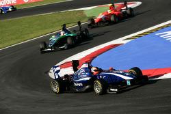 Josef Newgarden leads Daniel Morad