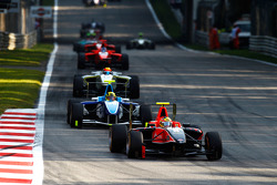 Rio Haryanto leads Oliver Oakes