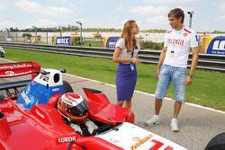 Vitaly Petrov Renault, on the grid with Sergey Afanasiev