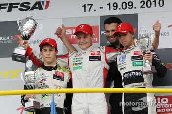 Podium: race winner Valtteri Bottas, ART Grand Prix Dallara F308 Mercedes, second place Alexander Sims, ART Grand Prix Dallara F308 Mercedes, third place Antonio Felix da Costa, Motopark Academy Dallara F308 Volkswagen
